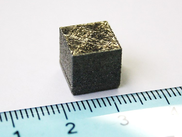 Cube realized with Selective Laser Melting